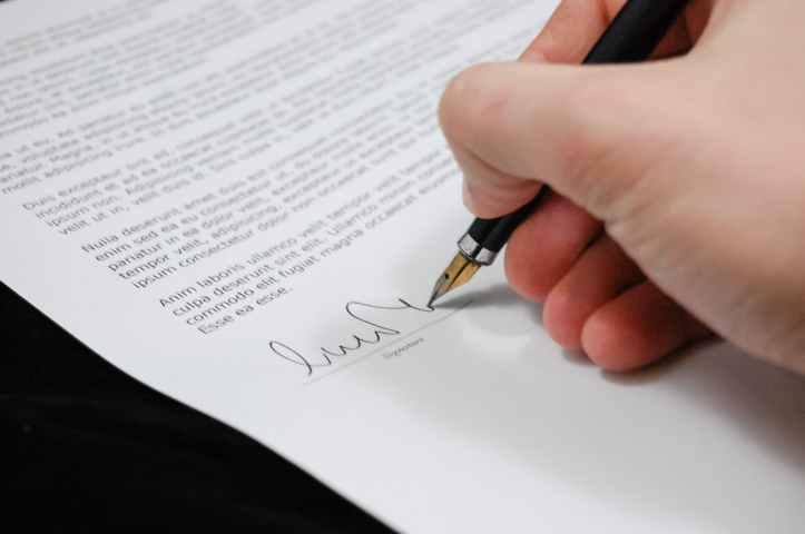 avocat document ecrite enseigne